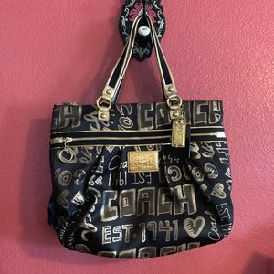 Gorgeous black and gold Coach poppy tote bag